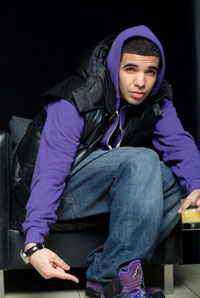"Yo! This is my dude ""DRAKE"" but seriously....he shoulda rocked them purple foamposites but it's cool!!!!"
