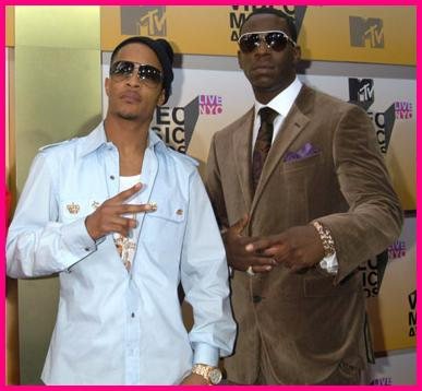 Here's a pic you Young Dro and the king...TI