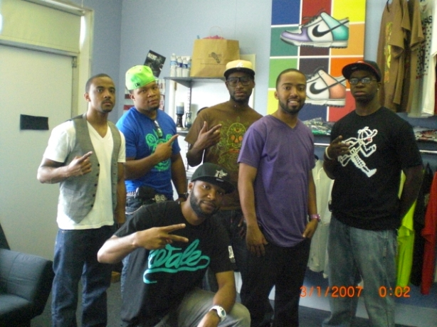 (L to R) Ty, LD, CLEW, TLARGE, Fred, (Dre is knee'd)