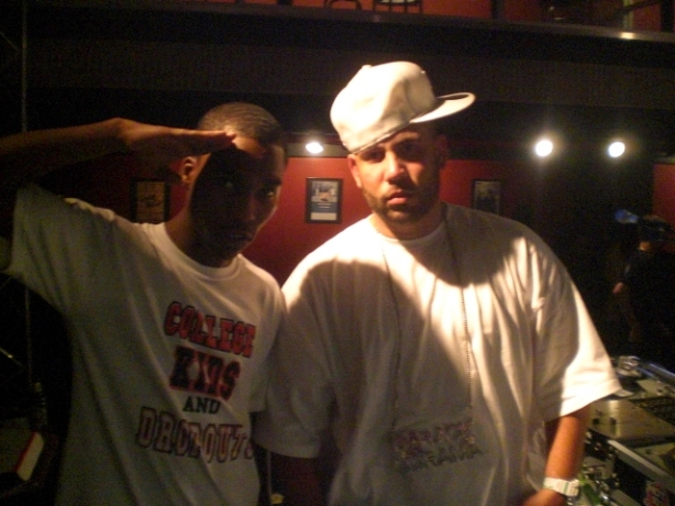 Lil Reg from College Kids Dropout chillin with DJ DRAMA