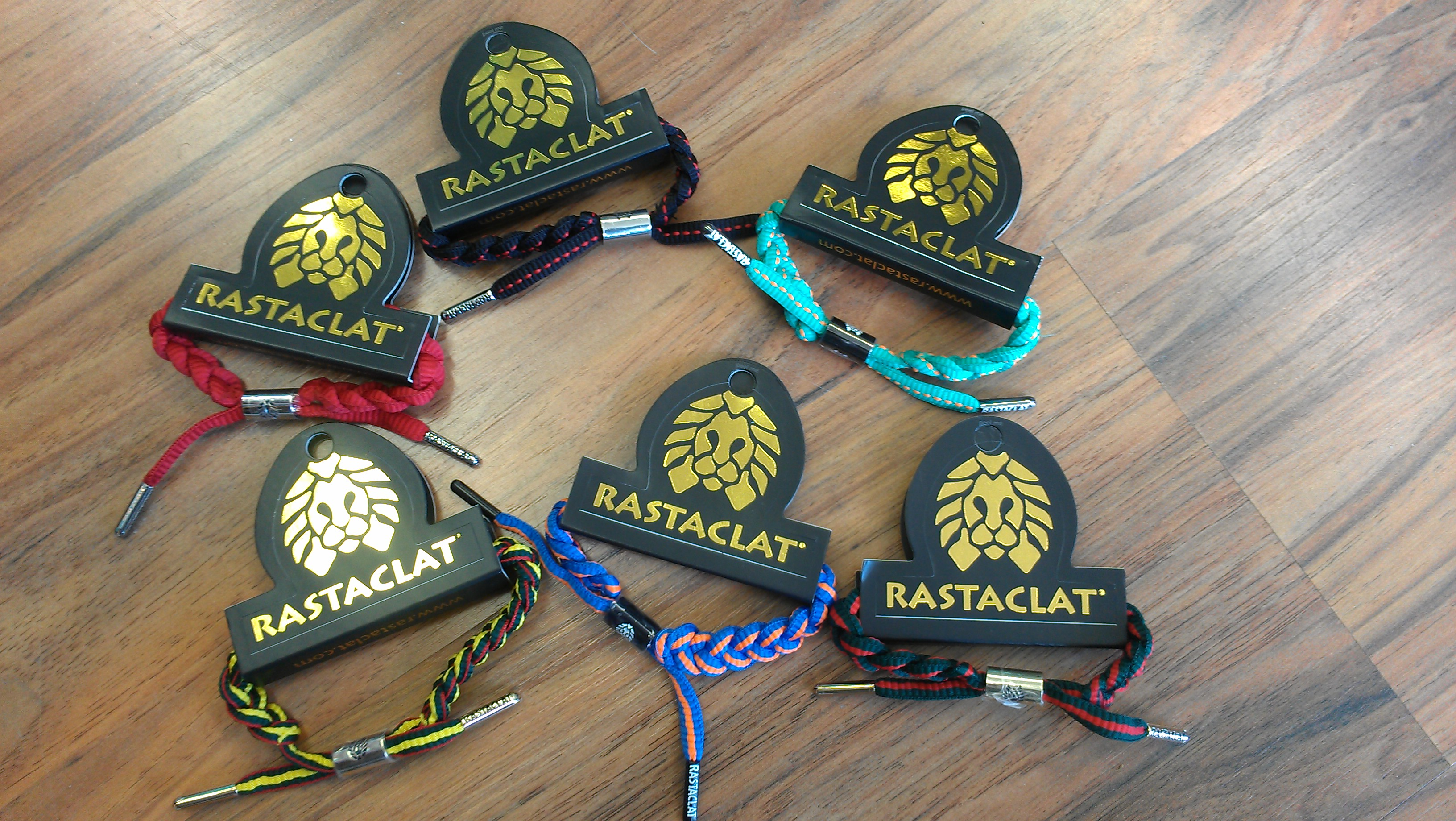 how to make rastaclat shoelace bracelet